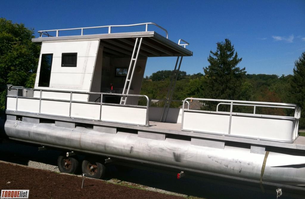 Torquelist For Sale 28ft Riviera Cruiser Pontoon Boat
