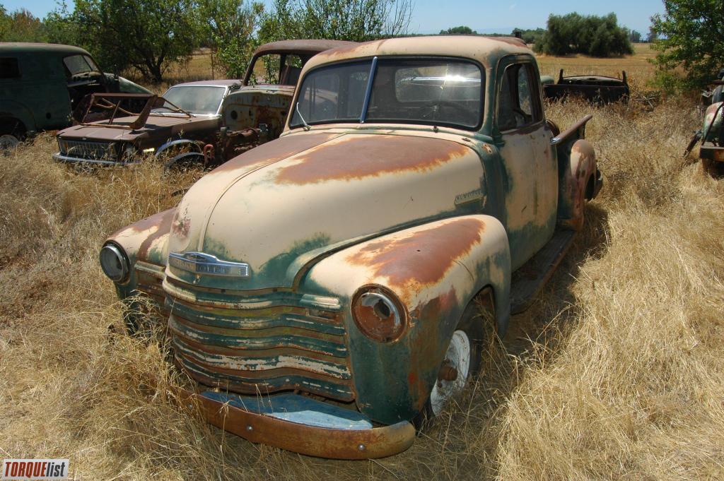 TORQUELIST - For Sale: tons of 1947-1955 suburbans, trucks ...