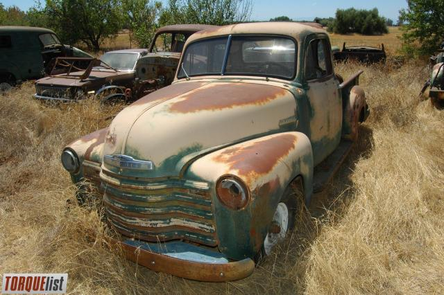 TORQUELIST - For Sale: tons of 1947-1955 suburbans, trucks ...
